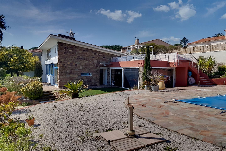 Maison-Villa - Les Issambres